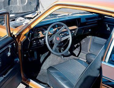 Vega GT standard interior